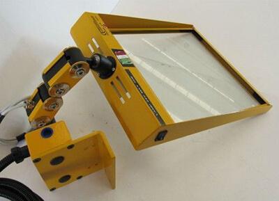 Schutzeinrichtung für große Schleifmaschinen MO3/L CM 300 x 350 mm mit LED Lampe
