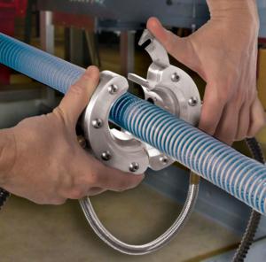 Ringdüse - Ein leichtes Einfädeln gewährleistet die teilbare Formgebung. Das zu bearbeitende Oberflächenmaterial ist dadurch schnell eingespannt.