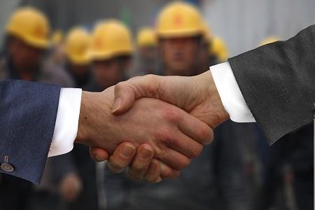 Sie sind für die Einhaltung der Sicherheitsvorschriften in Ihrem Unternehmen verantwortlich.
